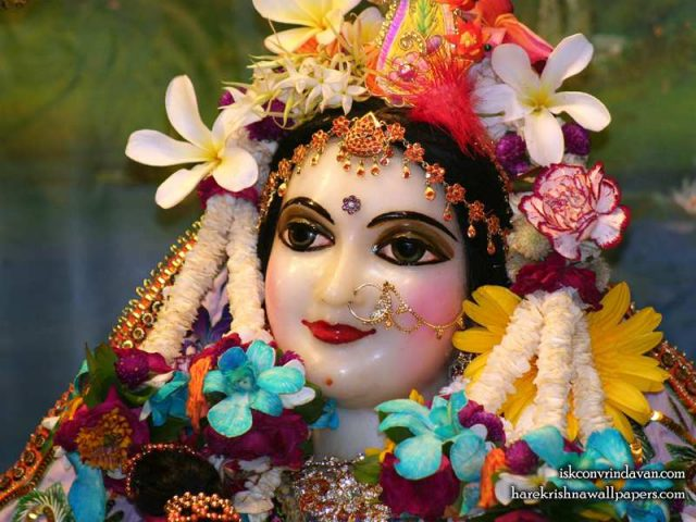 Sri Radha Close up Wallpaper (020)