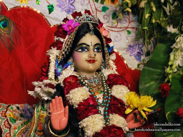 Sri Radha Close up Wallpaper (025)