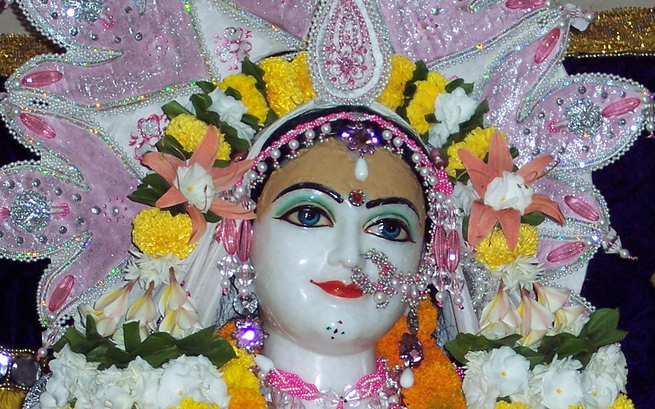Sri Radha Close up Wallpaper (005) Size 2560x1600 Download