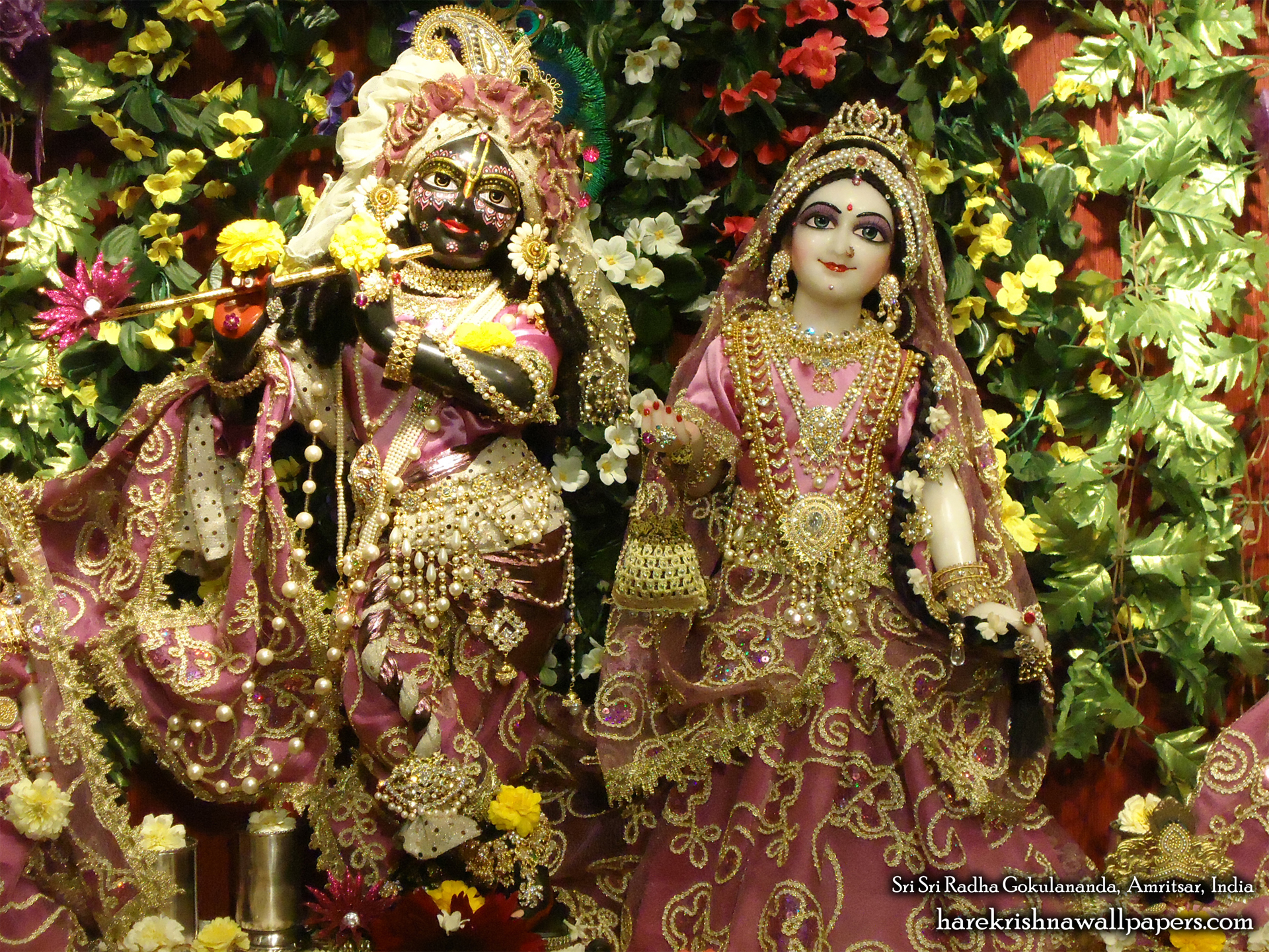 Sri Sri Radha Gokulananda Wallpaper (003) Size 1920x1440 Download