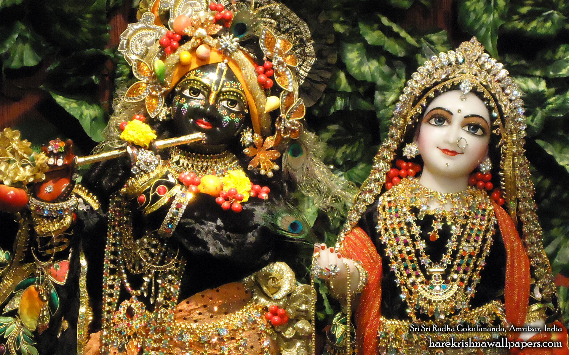Sri Sri Radha Gokulananda Close up Wallpaper (004) Size 1920x1200 Download