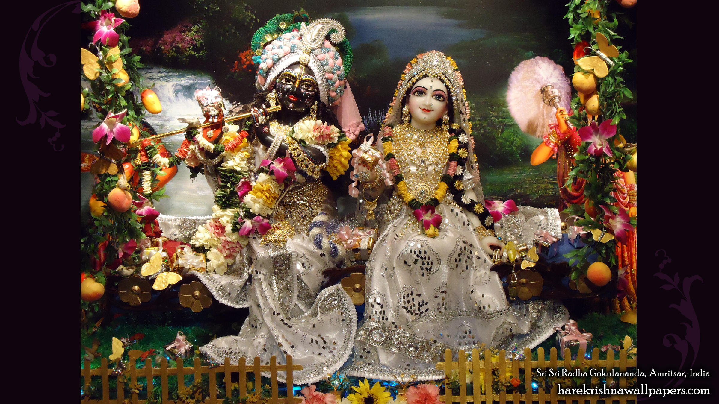 Sri Sri Radha Gokulananda Wallpaper (012) Size 2400x1350 Download