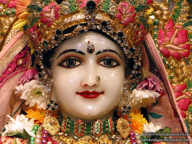 Sri Radha Close up Wallpaper (014)