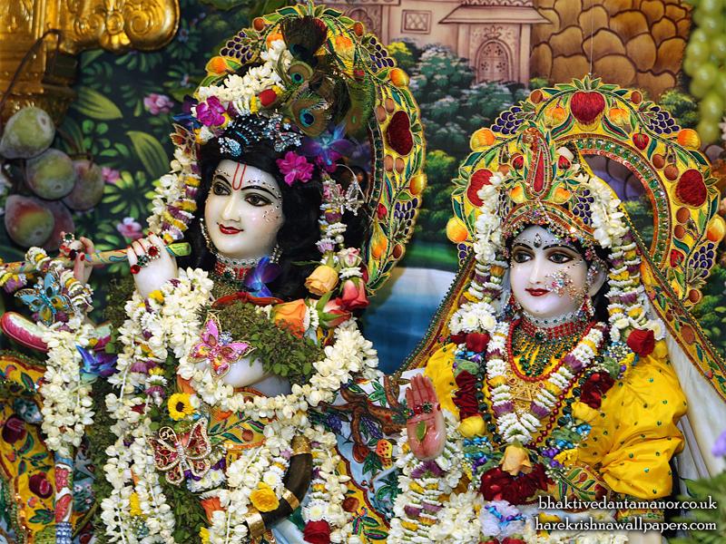 Sri Sri Radha Gokulanand Close up Wallpaper (023) Size 800x600 Download