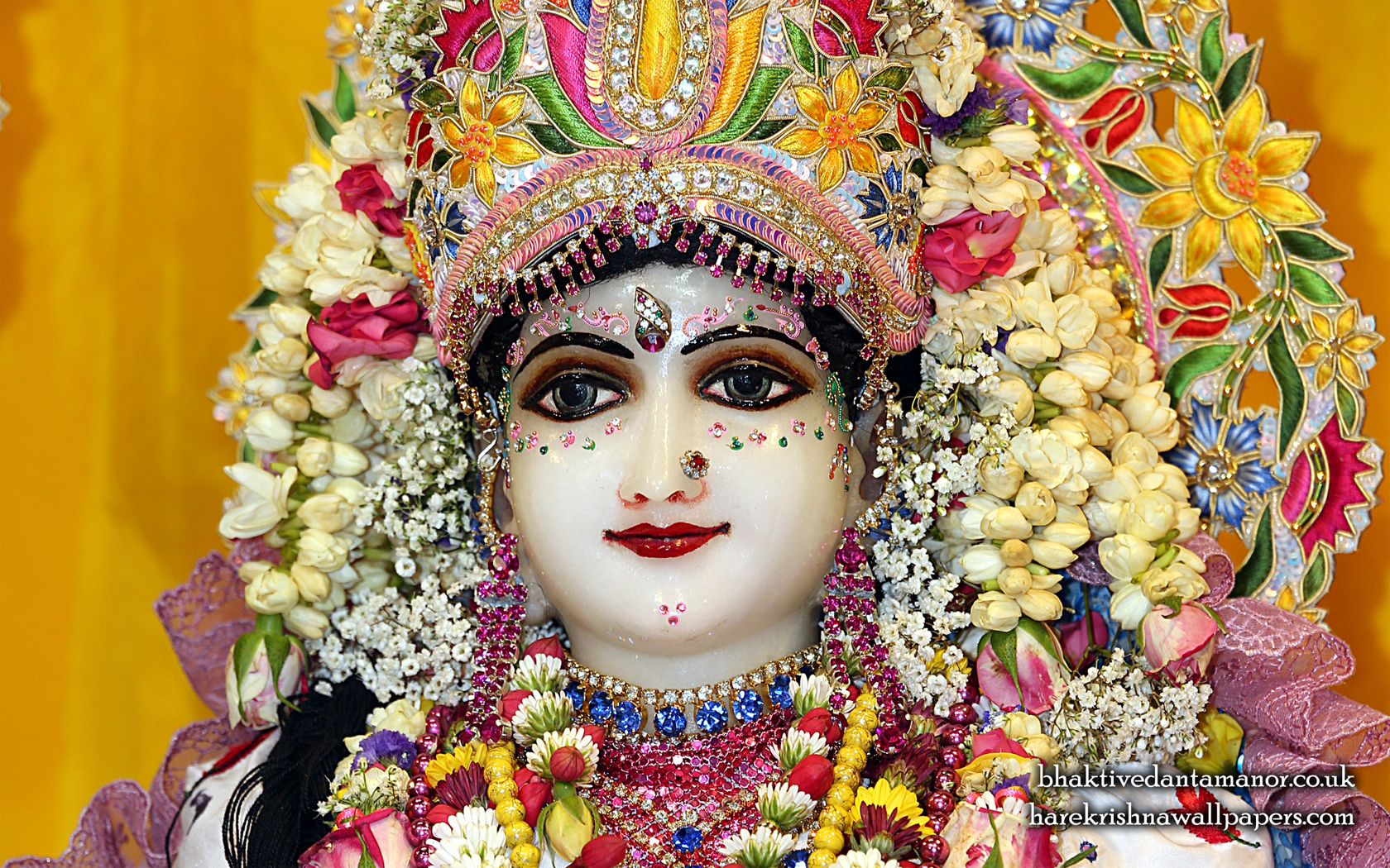 Sri Radha Close up Wallpaper (024) Size 1680x1050 Download
