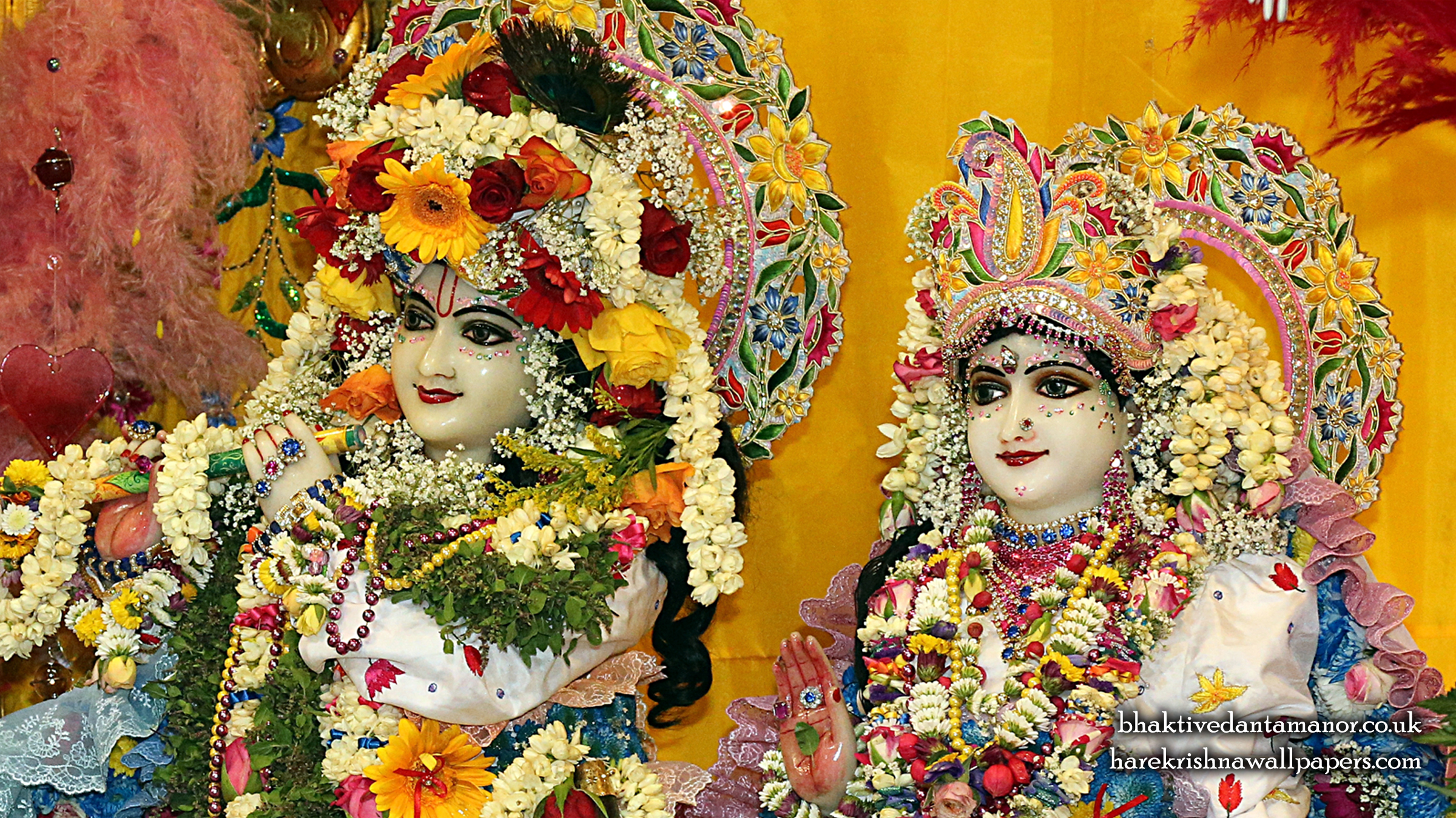 Sri Sri Radha Gokulananda Close up Wallpaper (025) Size 2400x1350 Download