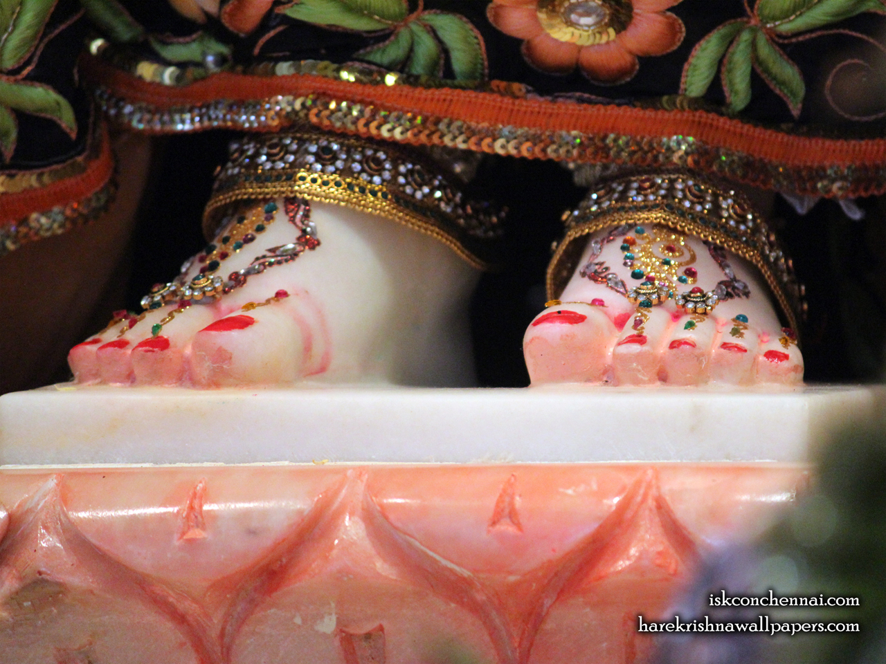 Srimati Radharani Feet Wallpaper (001) Size 1280x960 Download