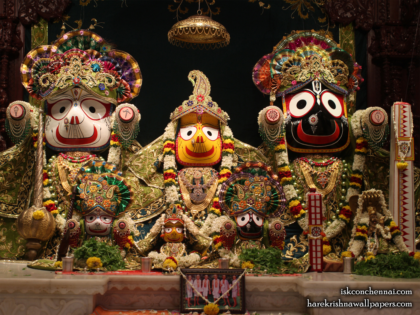 Jagannath Baladeva Subhadra Wallpaper (002) Size 1400x1050 Download