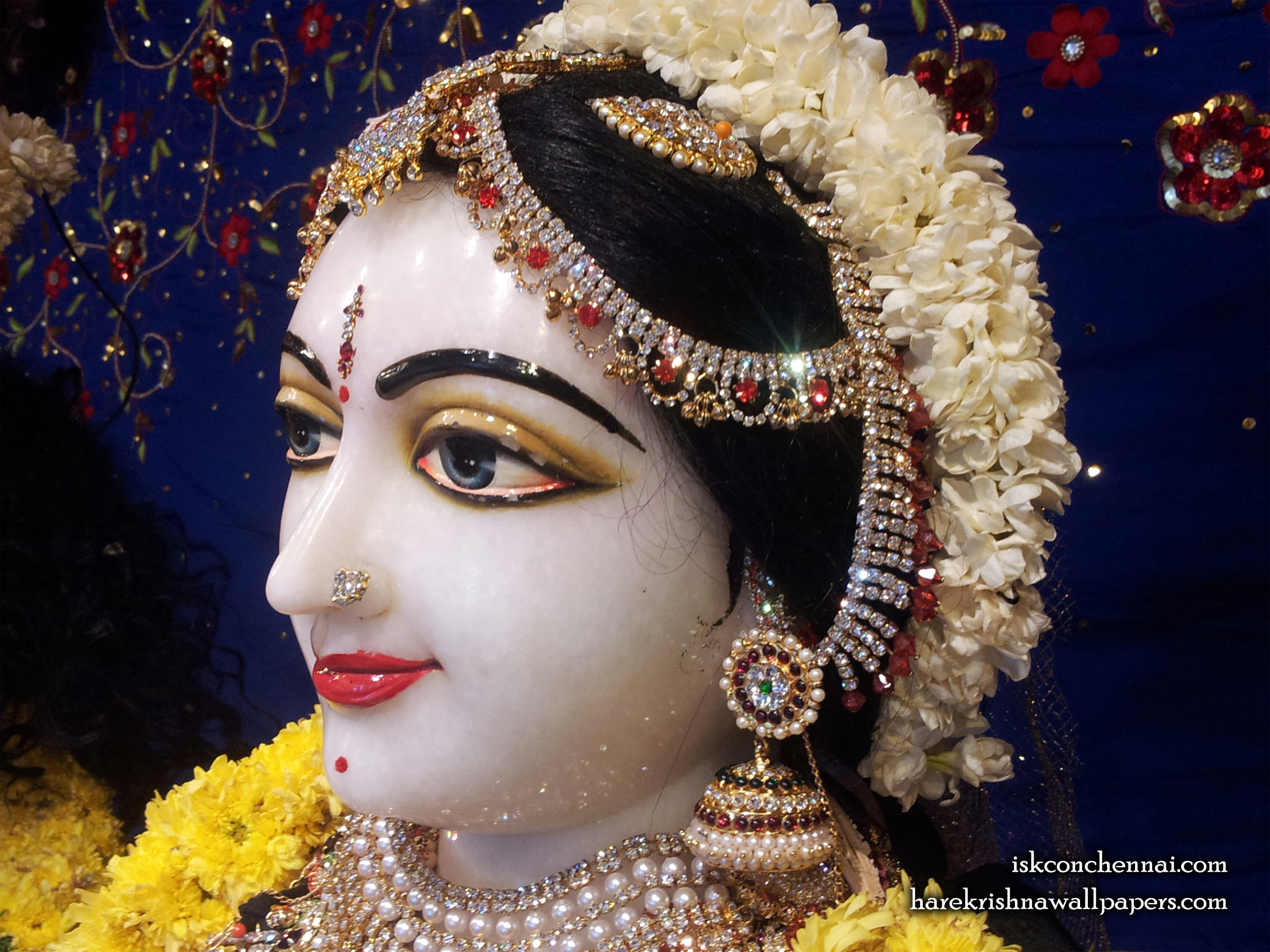 Sri Radha Close up Wallpaper (007) Size 2400x1800 Download