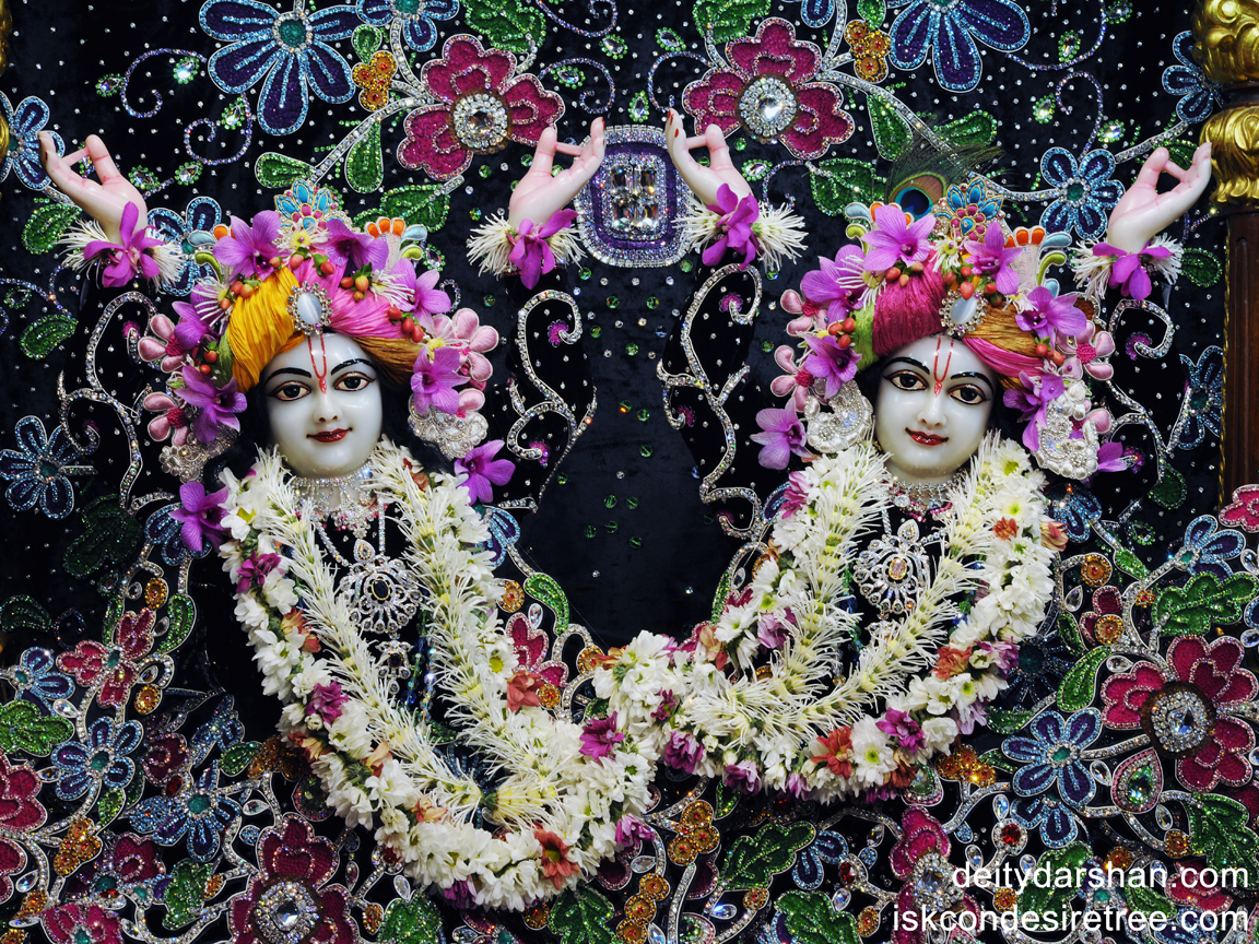 Sri Sri Nitai Gaurachandra Close up Wallpaper (003) Size 1152x864 Download