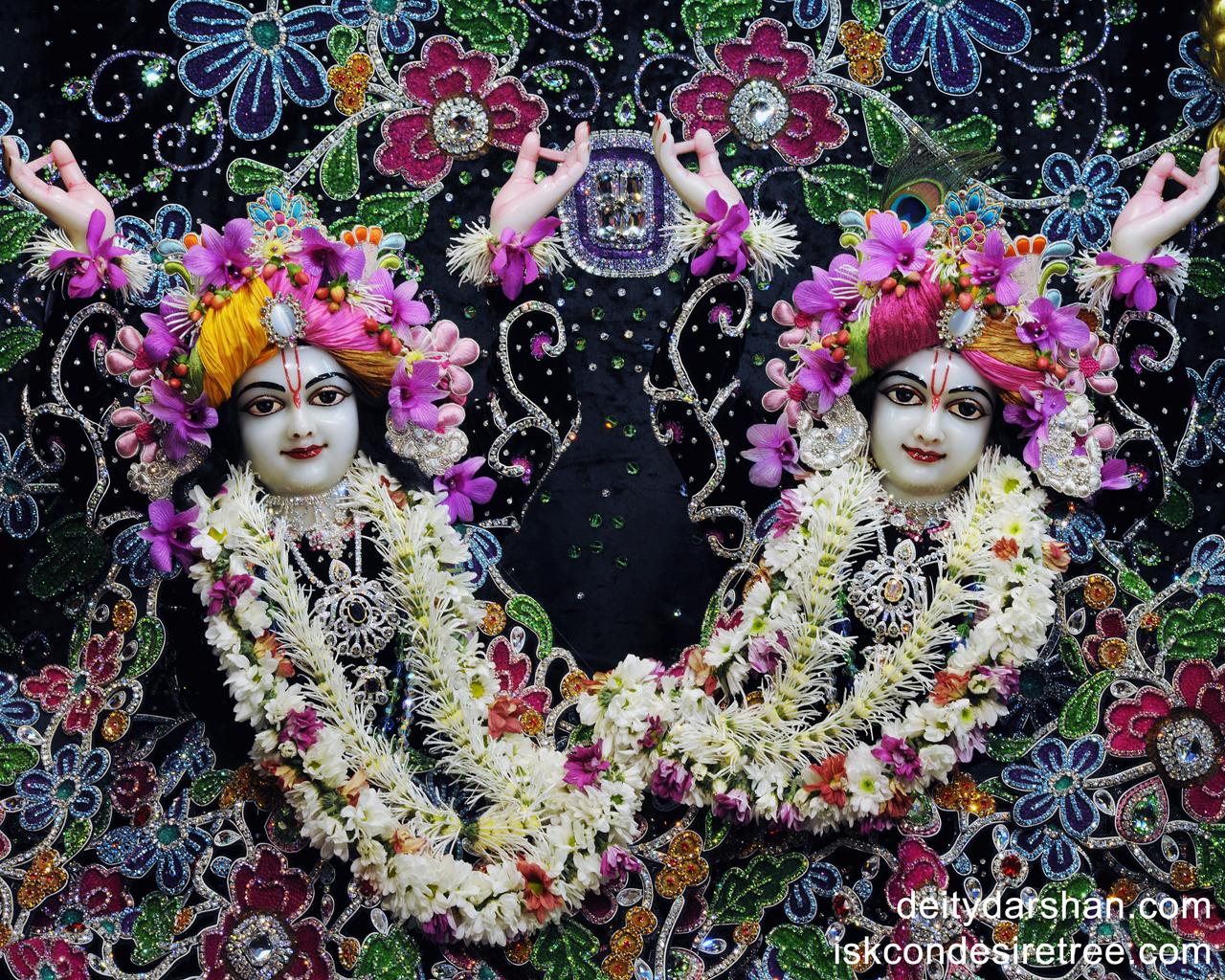Sri Sri Nitai Gaurachandra Close up Wallpaper (003) Size 1280x1024 Download