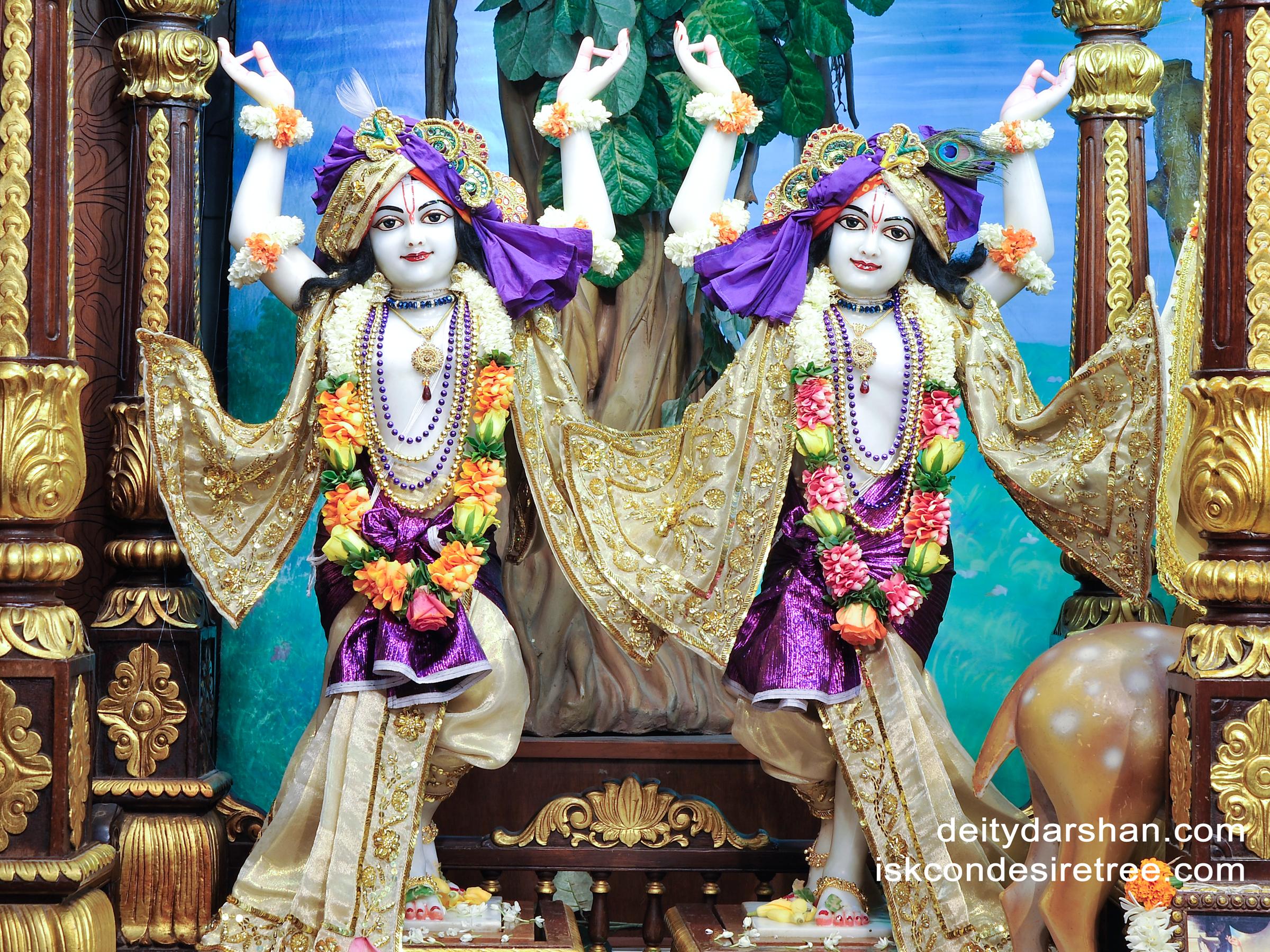 Sri Sri Nitai Gaurachandra Wallpaper (010) Size 2400x1800 Download