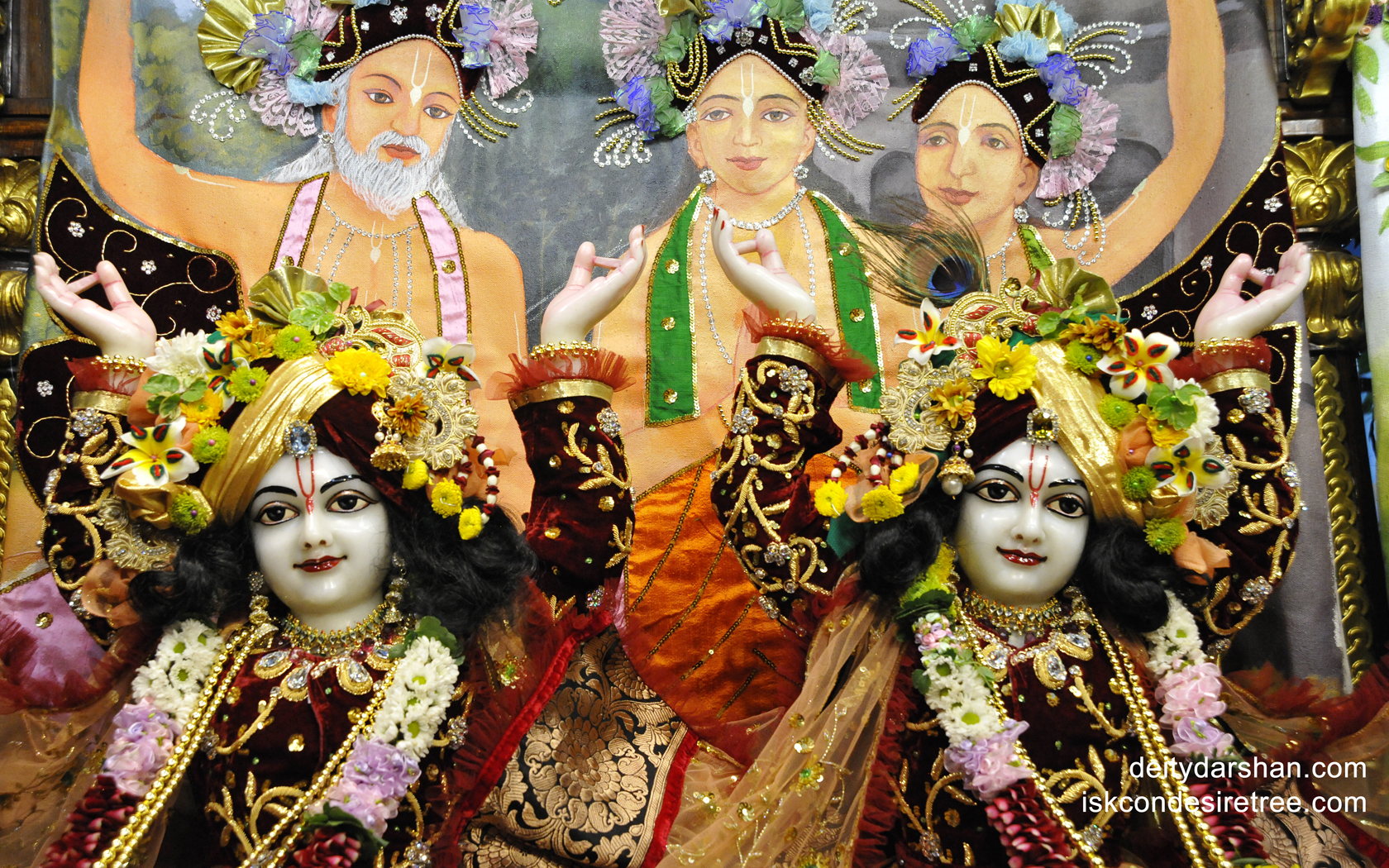 Sri Sri Nitai Gaurachandra Close up Wallpaper (011) Size 1680x1050 Download
