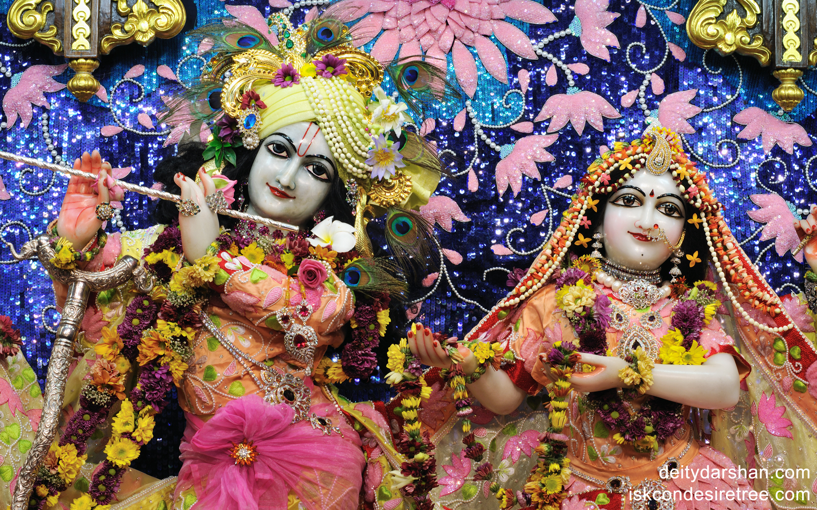 Sri Sri Radha Gopinath Close up Wallpaper (011) Size 1680x1050 Download