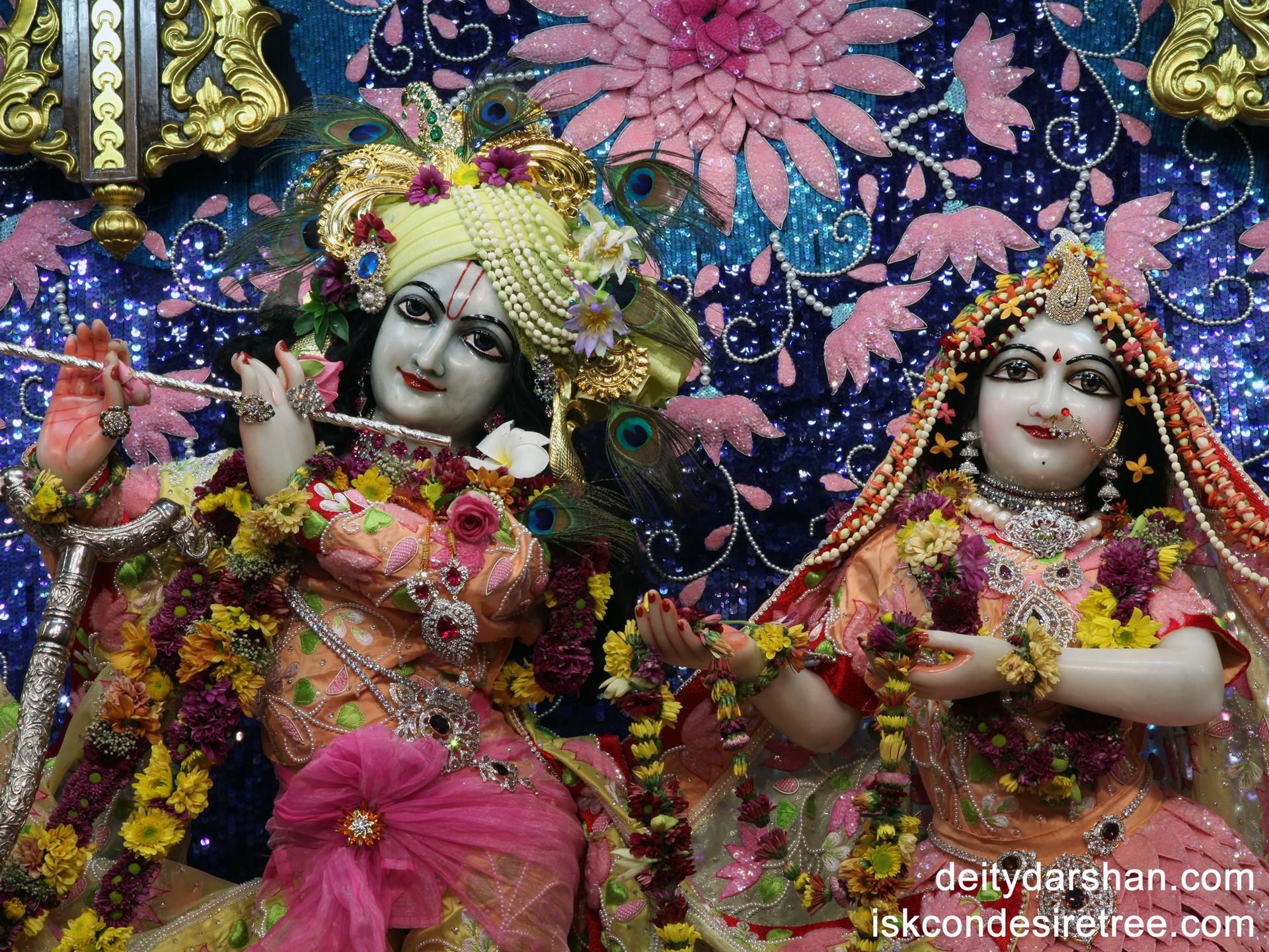 Sri Sri Radha Gopinath Close up Wallpaper (018) Size 1920x1440 Download