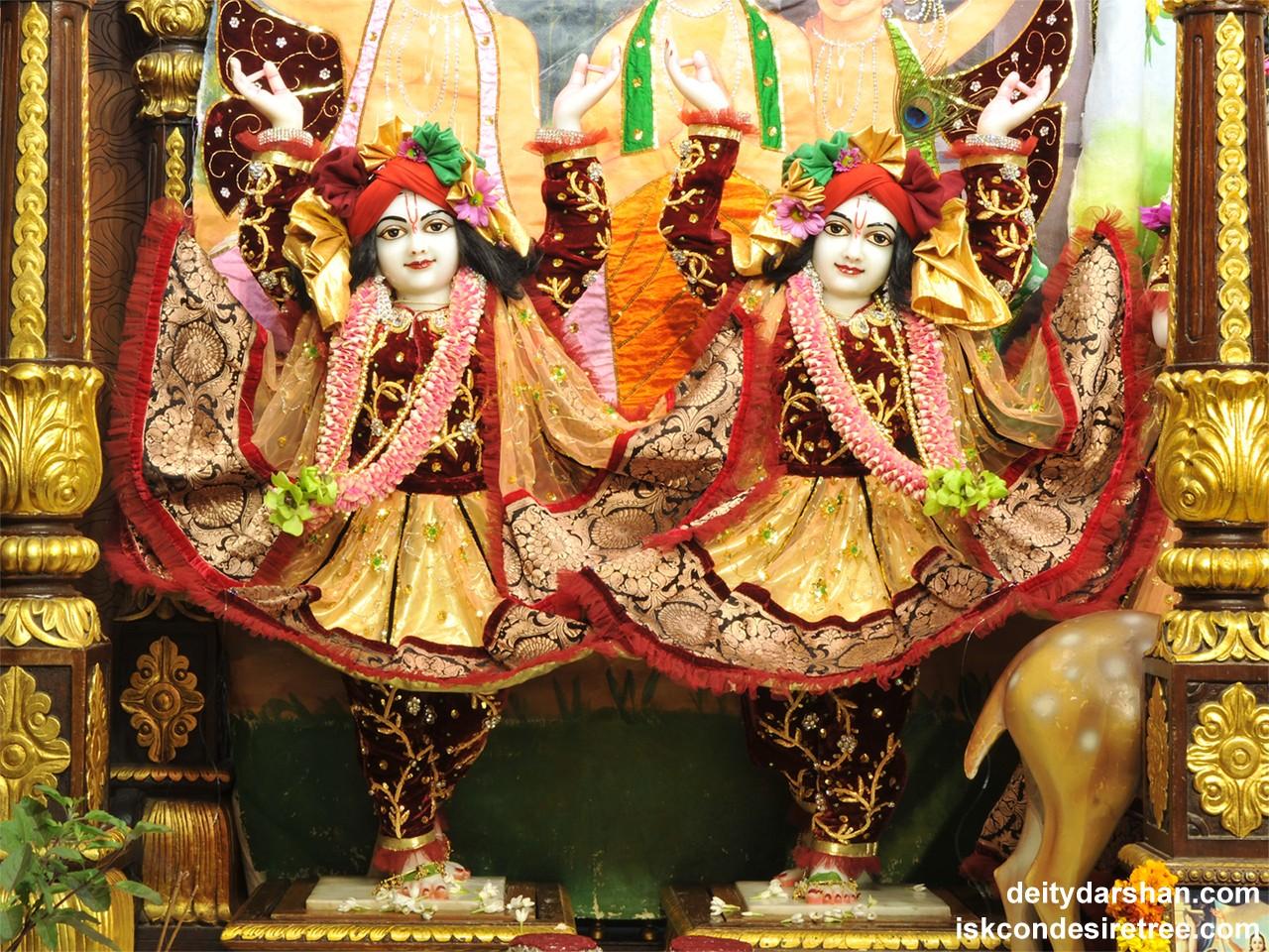 Sri Sri Nitai Gaurachandra Wallpaper (019) Size 1280x960 Download