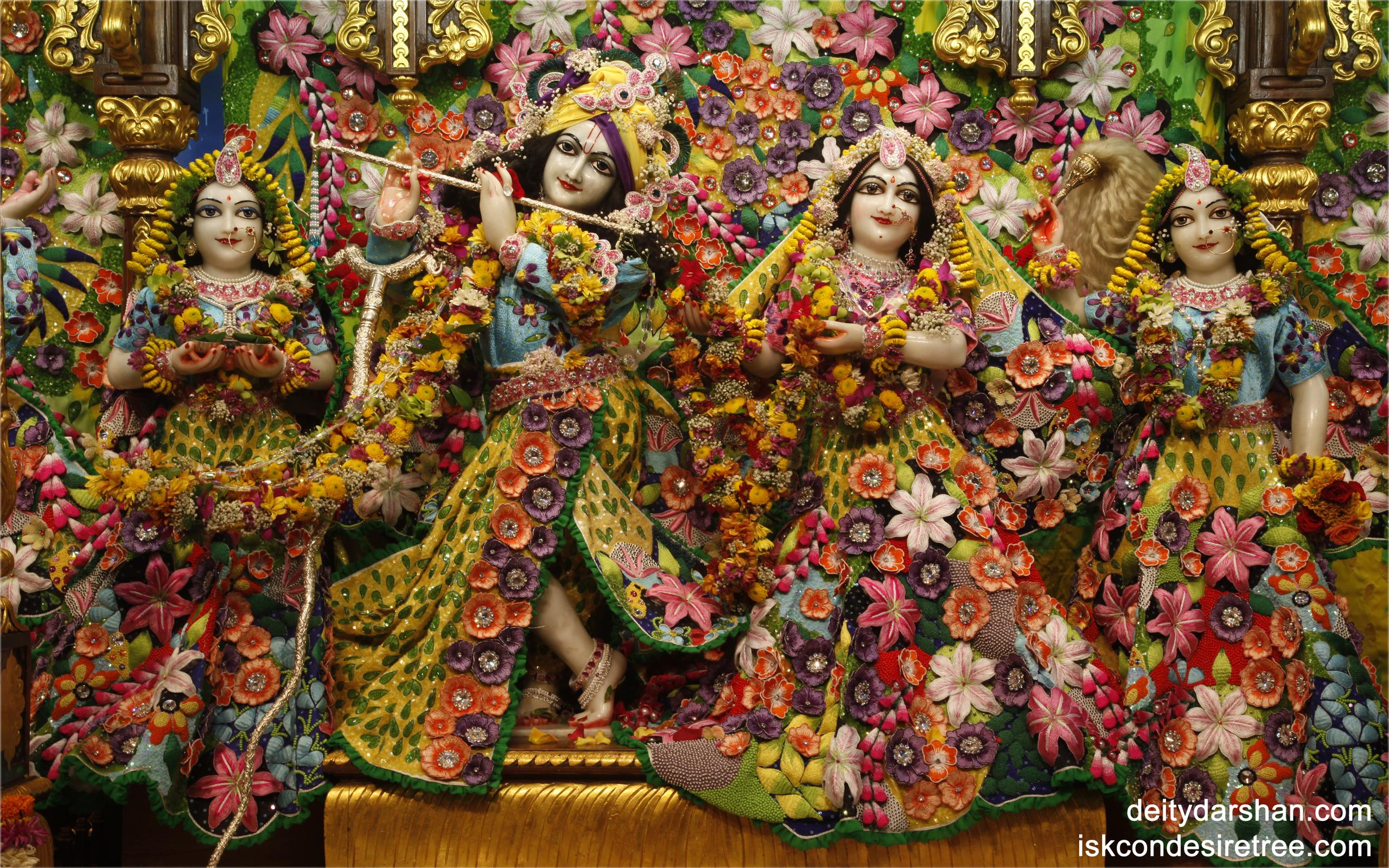 Sri Sri Radha Gopinath Lalita Vishakha Wallpaper (021) Size 2560x1600 Download