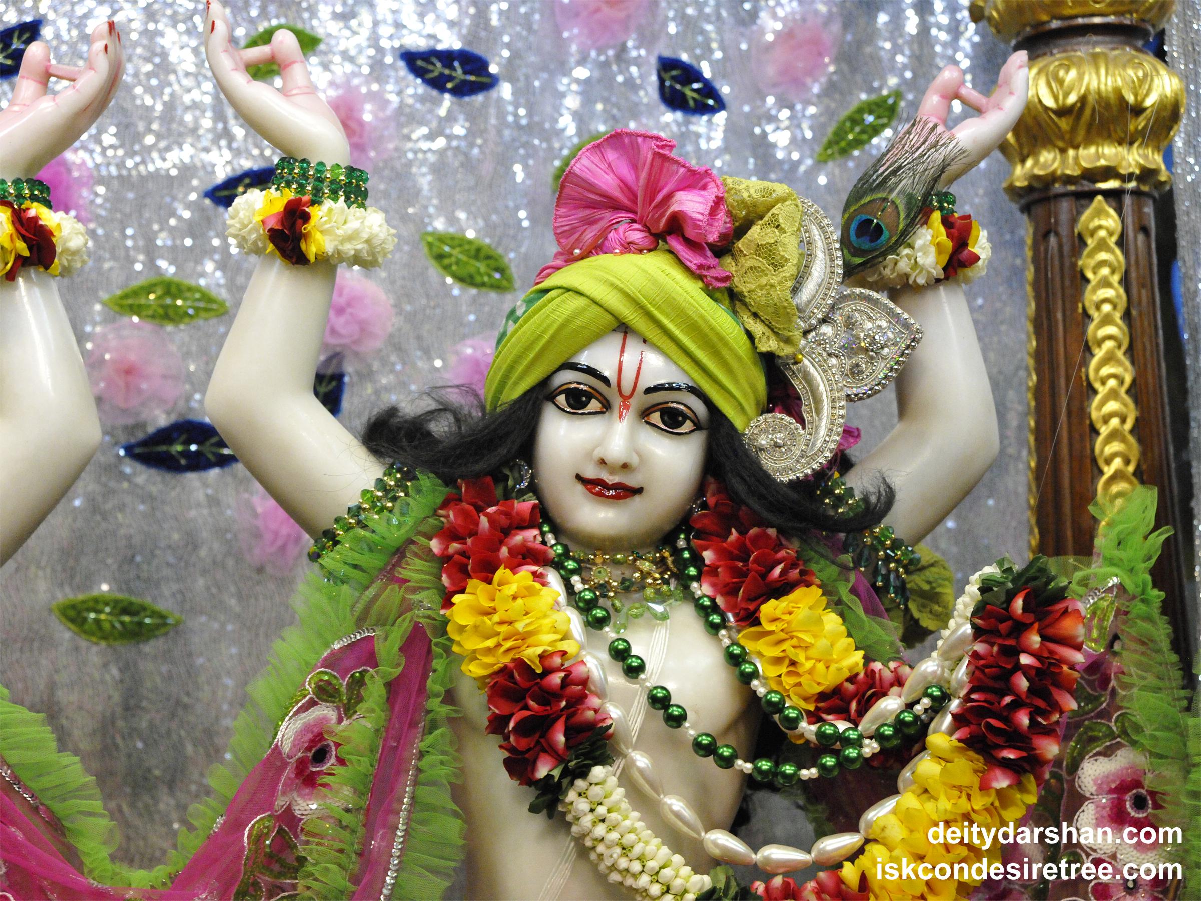Sri Gaurachandra Close up Wallpaper (022) Size 2400x1800 Download