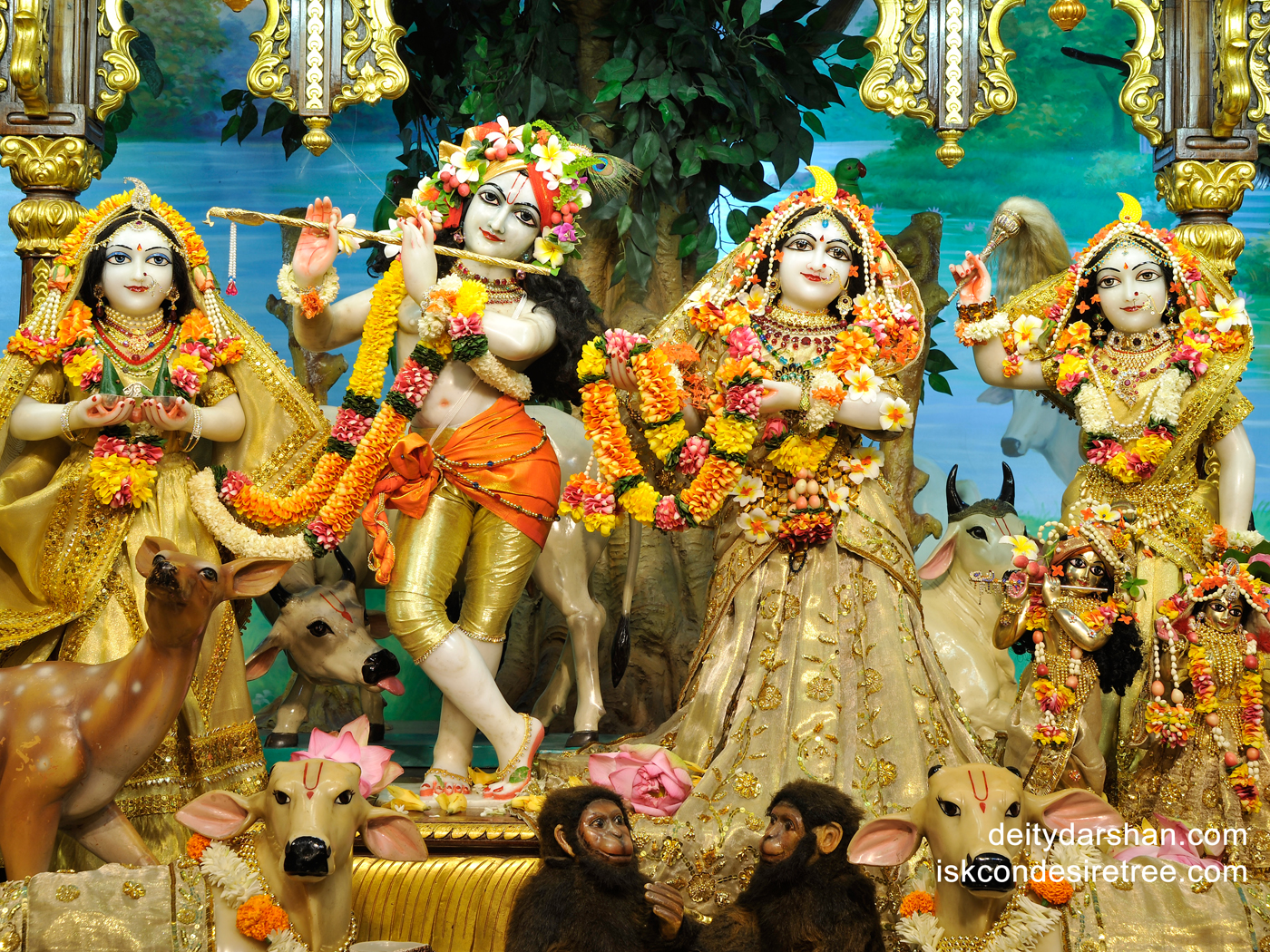 Sri Sri Radha Gopinath Lalita Vishakha Wallpaper (023) Size 1400x1050 Download