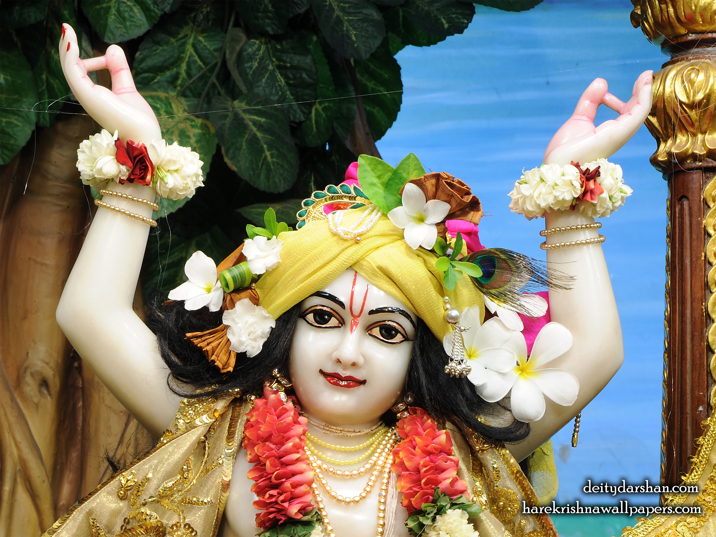Sri Gaurachandra Close up Wallpaper (035) Size 2400x1800 Download