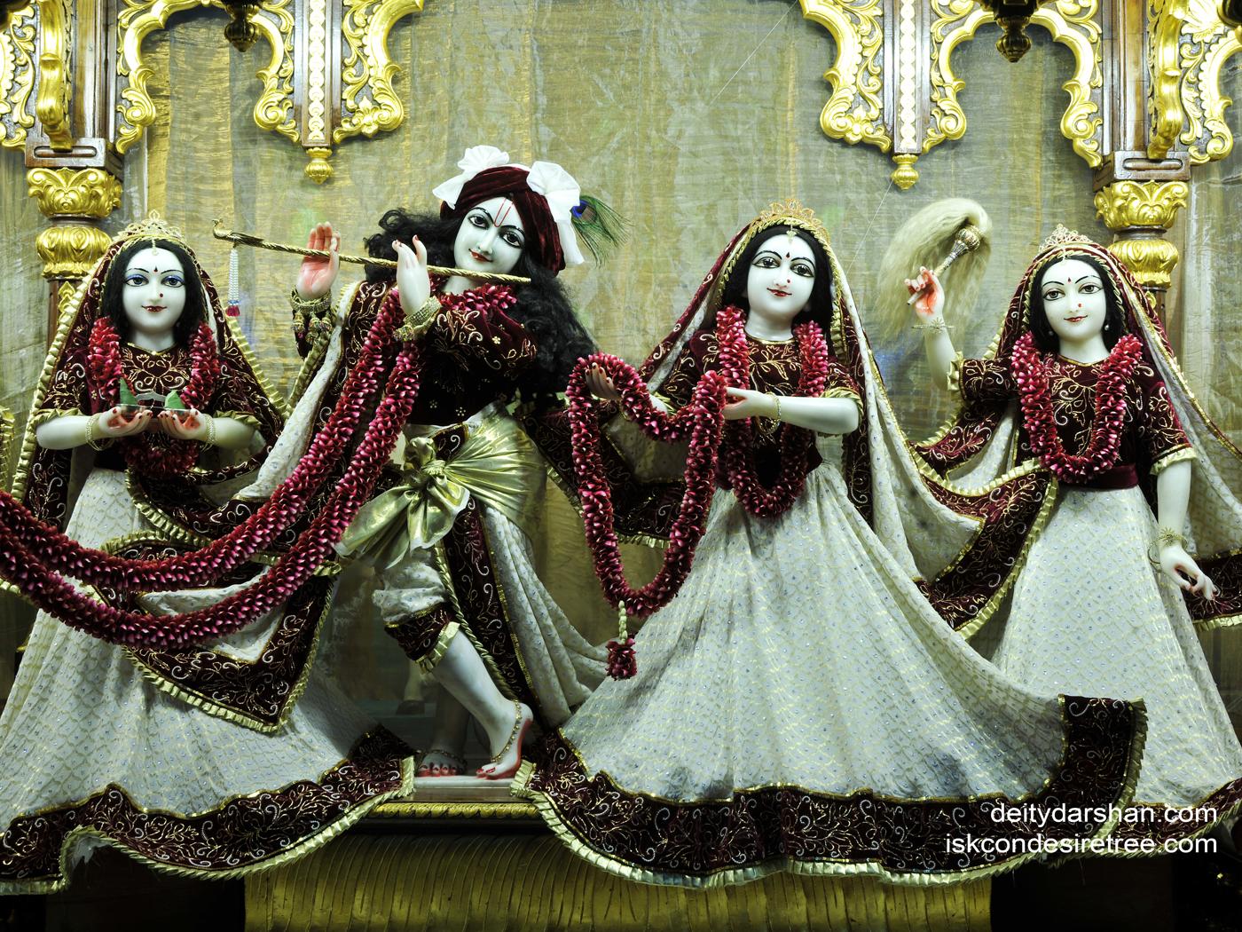 Sri Sri Radha Gopinath Lalita Vishakha Wallpaper (035) Size 1400x1050 Download
