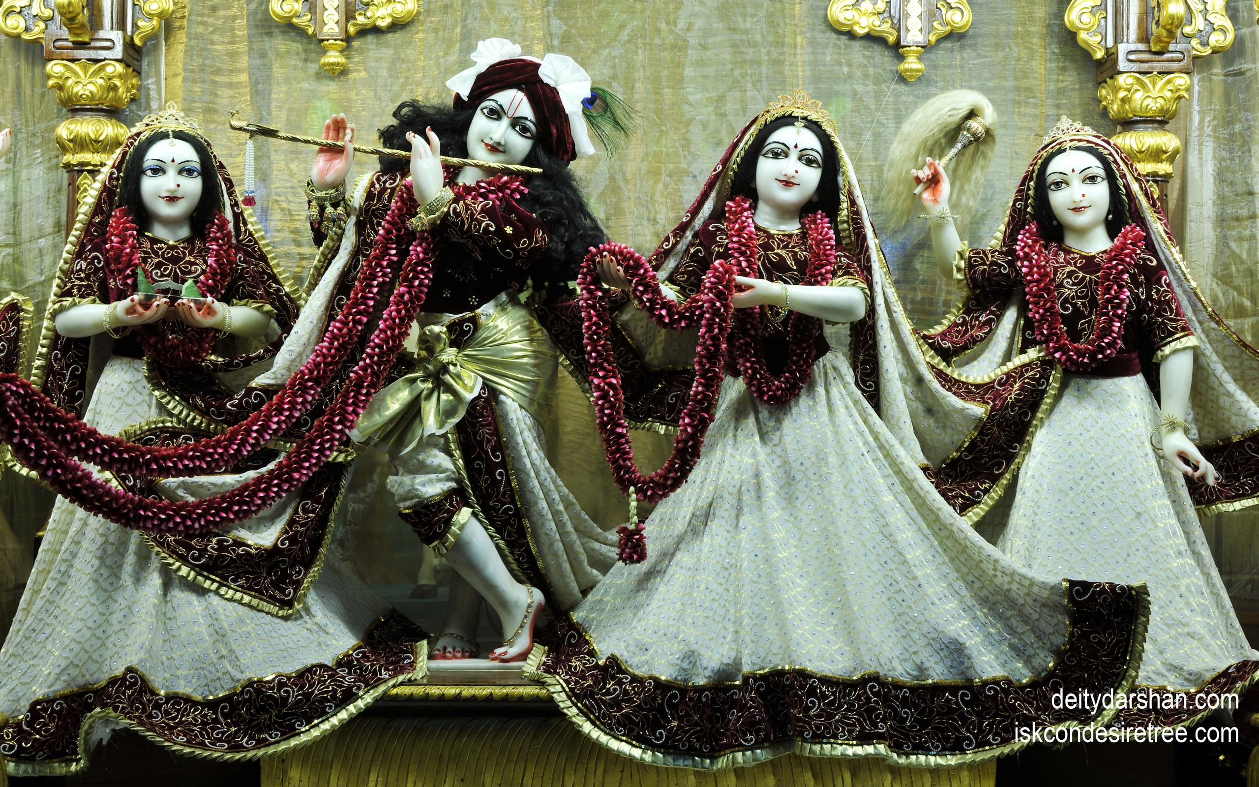 Sri Sri Radha Gopinath Lalita Vishakha Wallpaper (035) Size 2560x1600 Download