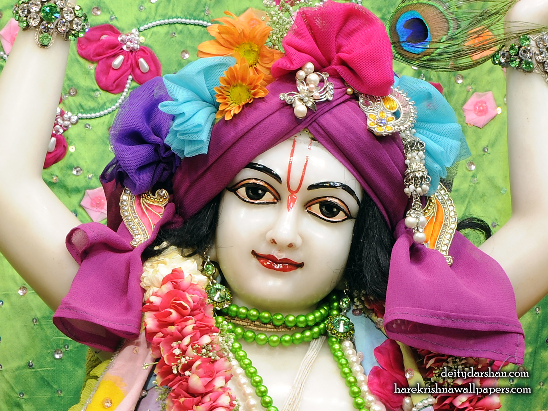 Sri Gaurachandra Close up Wallpaper (037) Size 1920x1440 Download