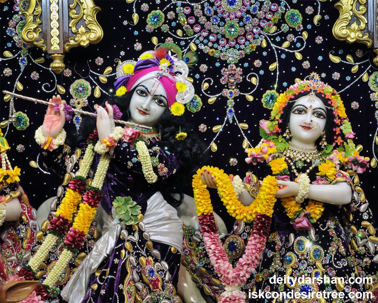Sri Sri Radha Gopinath Close up Wallpaper (038) Size 1280x1024 Download