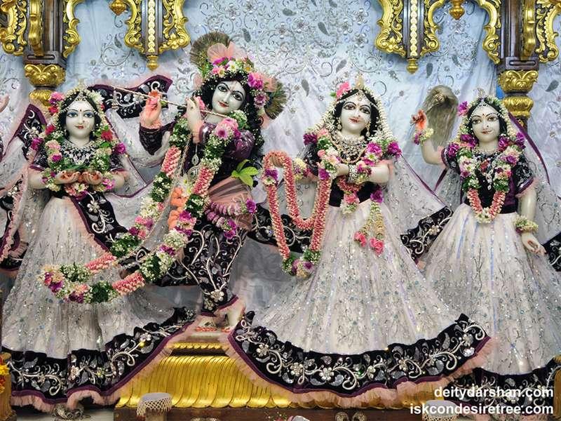 Sri Sri Radha Gopinath Lalita Vishakha Wallpaper (046)