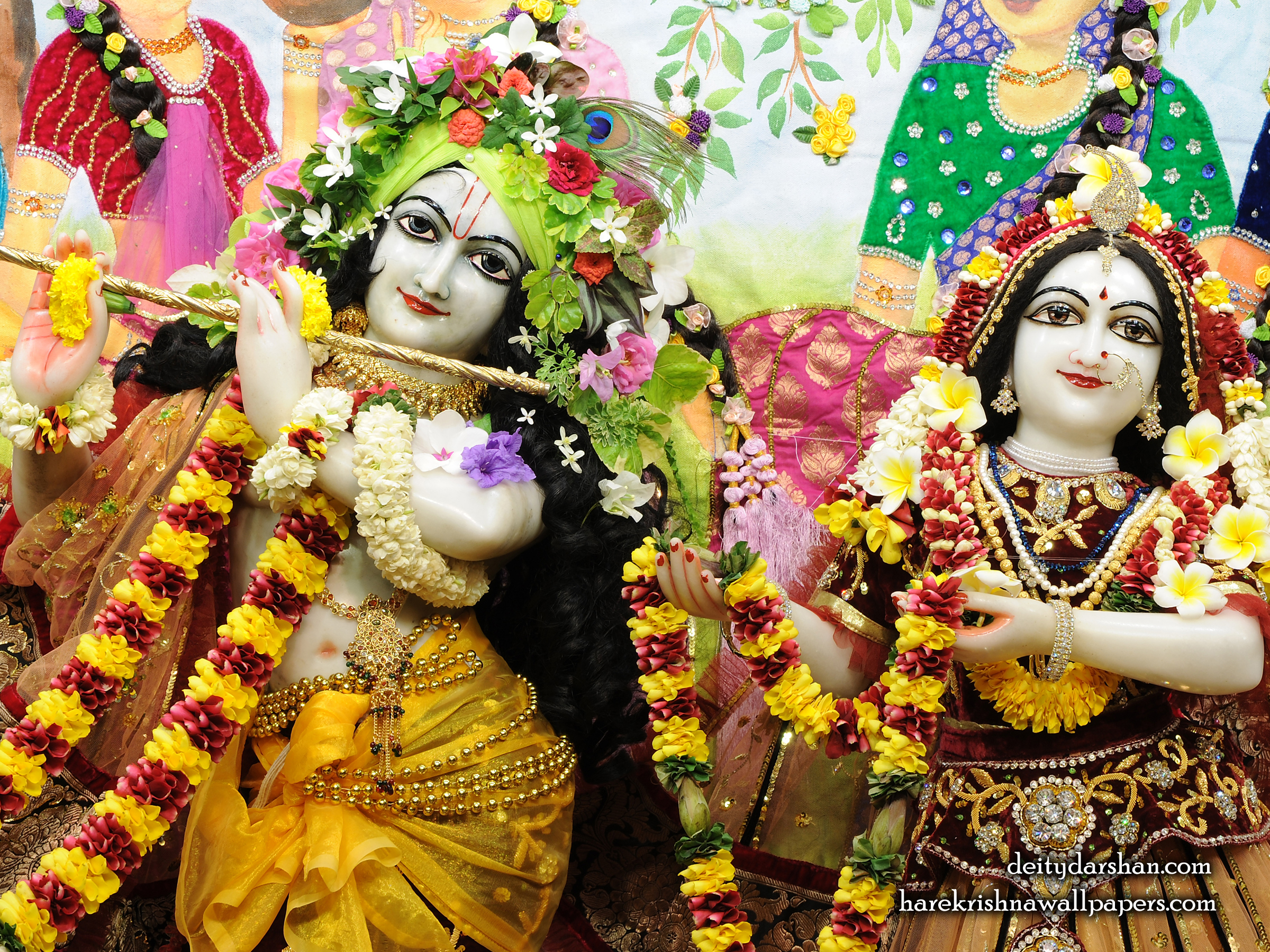 Sri Sri Radha Gopinath Close up Wallpaper (066) Size 2400x1800 Download
