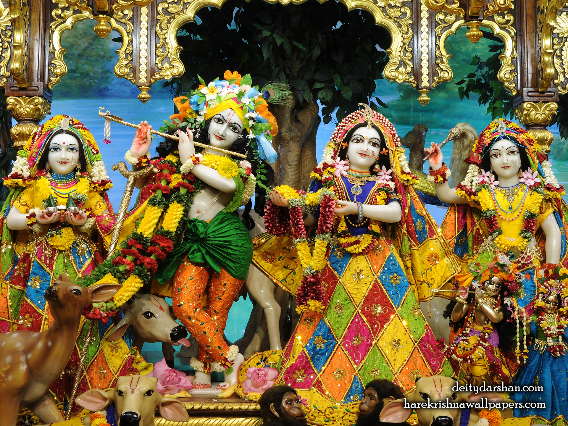 Sri Sri Radha Gopinath Lalita Vishakha Wallpaper (068) Size 1920x1440 Download
