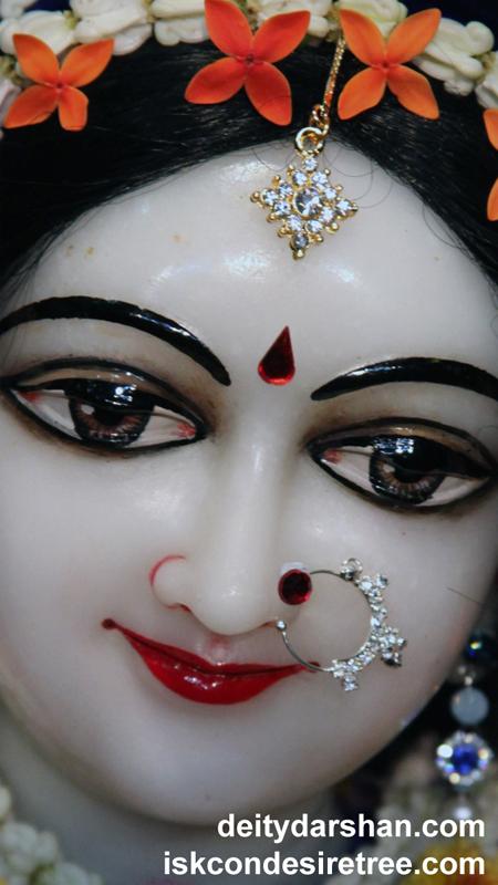 Srimati Radharani Close up Wallpaper (088) Size 450x800 Download