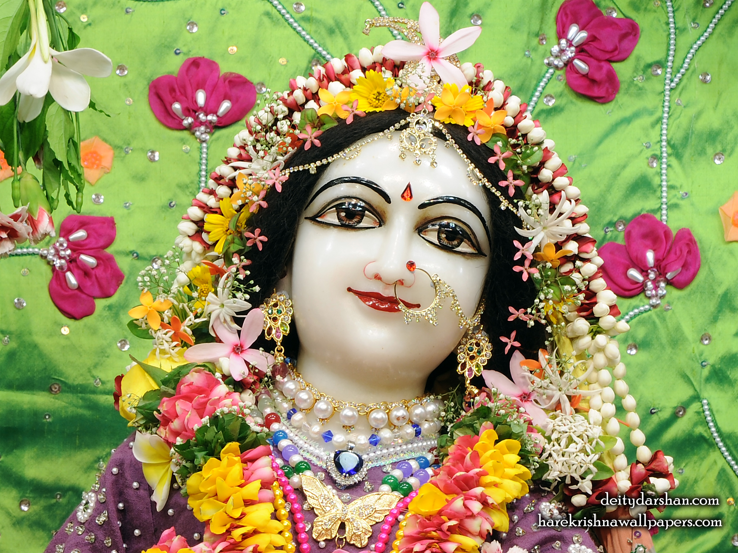 Srimati Radharani Close up Wallpaper (089) Size 2400x1800 Download