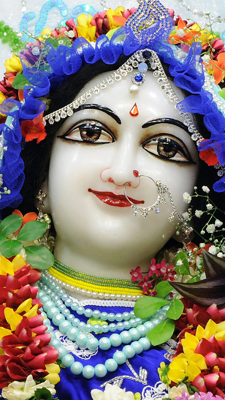 Srimati Radharani Close up Wallpaper (091) Size 450x800 Download
