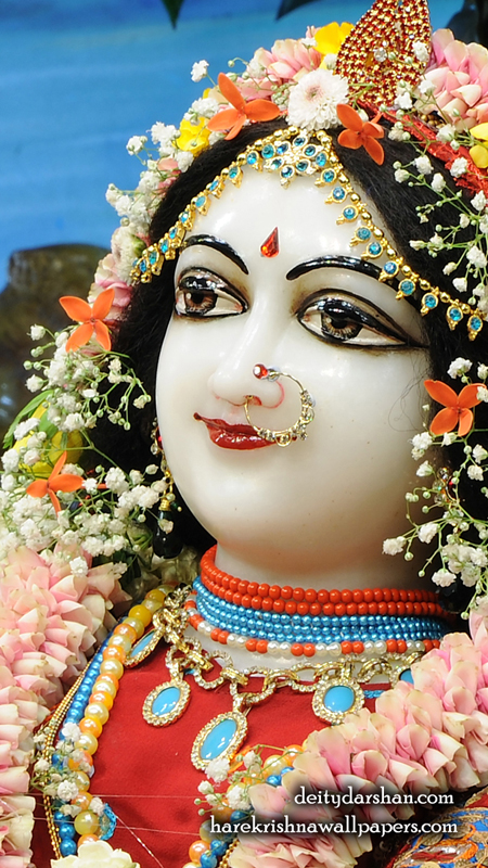 Srimati Radharani Close up Wallpaper (105) Size 450x800 Download