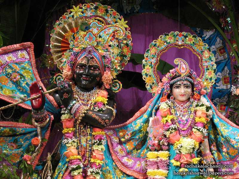 Sri Sri Radha Kalachanda Close up Wallpaper (002)