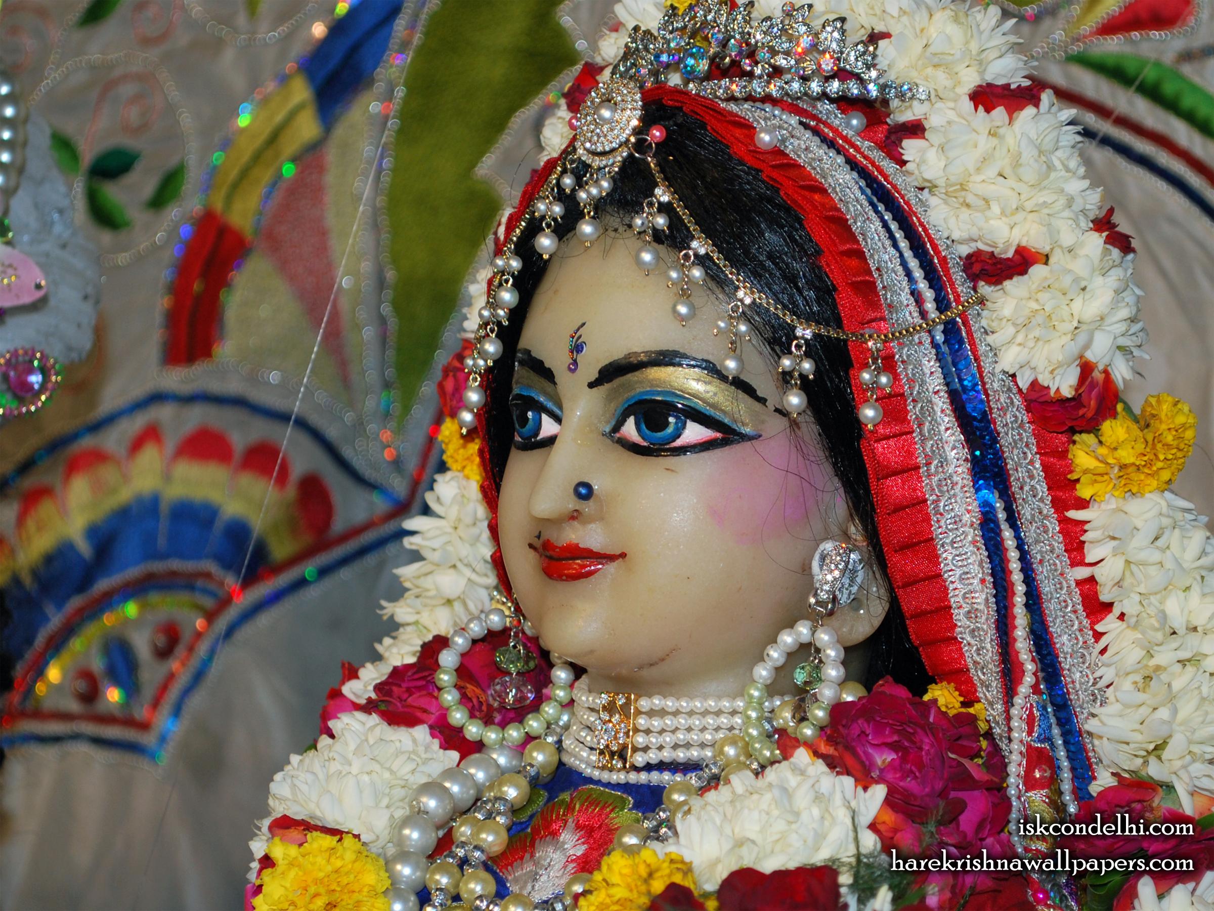 Sri Radha Close up Wallpaper (001) Size 2400x1800 Download