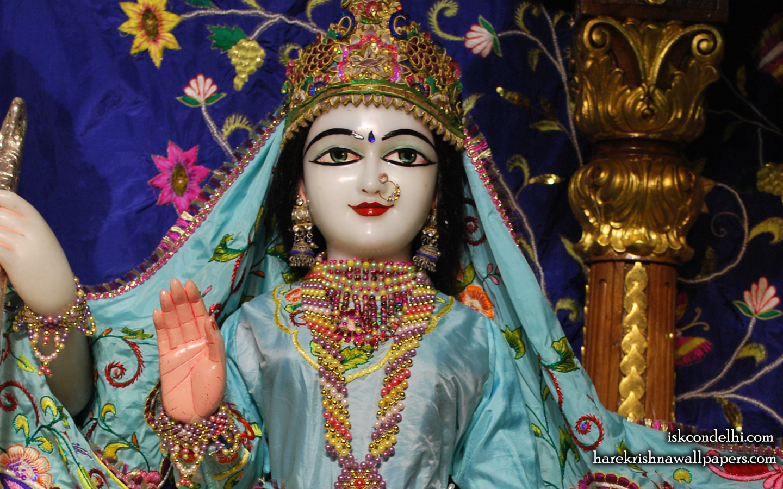 Sri Sita Close up Wallpaper (001) Size 1440x900 Download