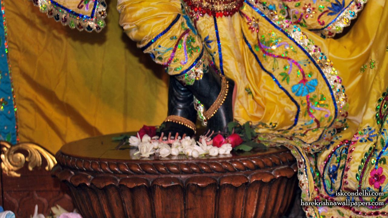 Sri Parthasarathi Feet Wallpaper (003) Size1280x720 Download