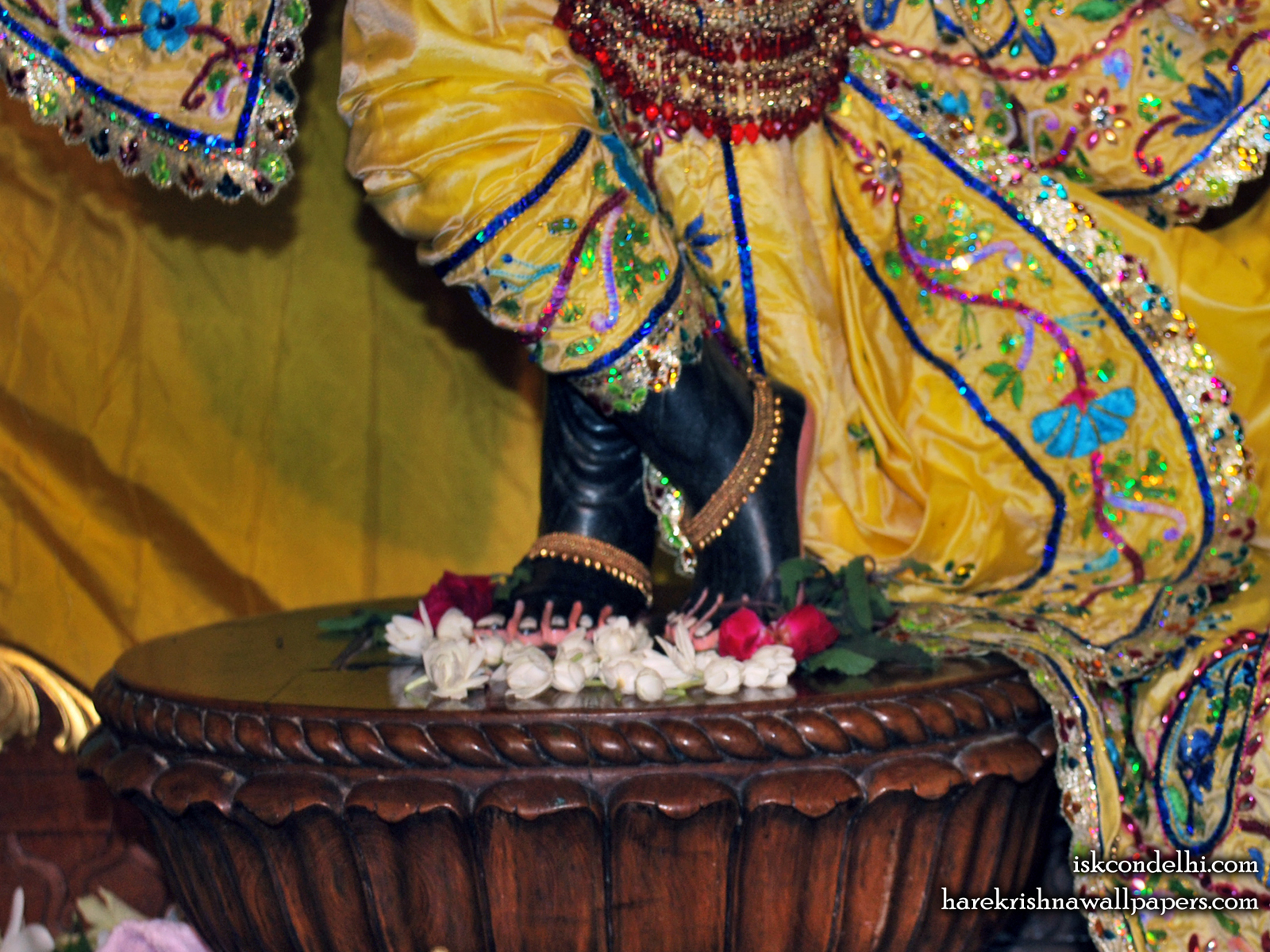 Sri Parthasarathi Feet Wallpaper (003) Size1600x1200 Download