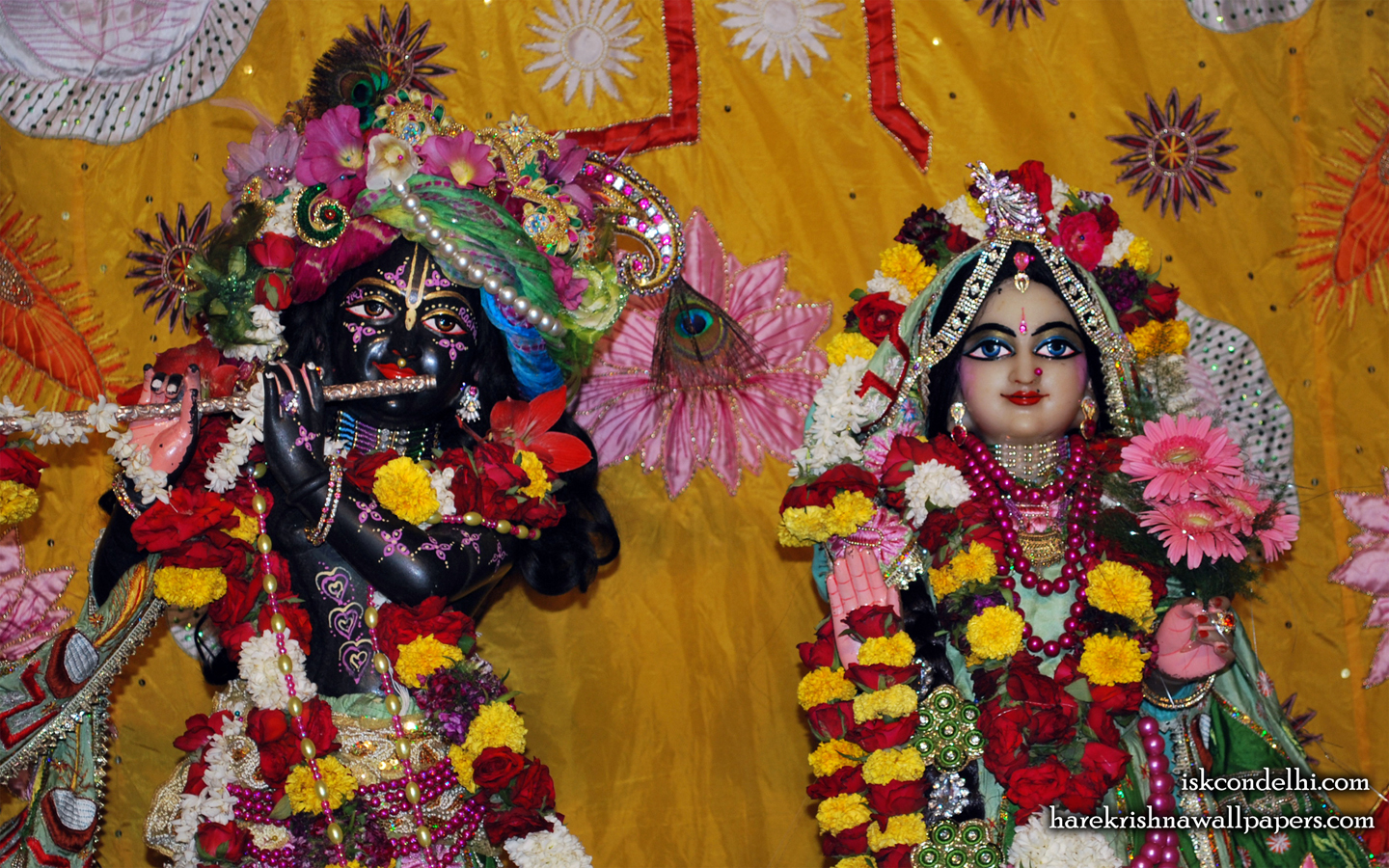 Sri Sri Radha Parthasarathi Close up Wallpaper (005) Size 1440x900 Download