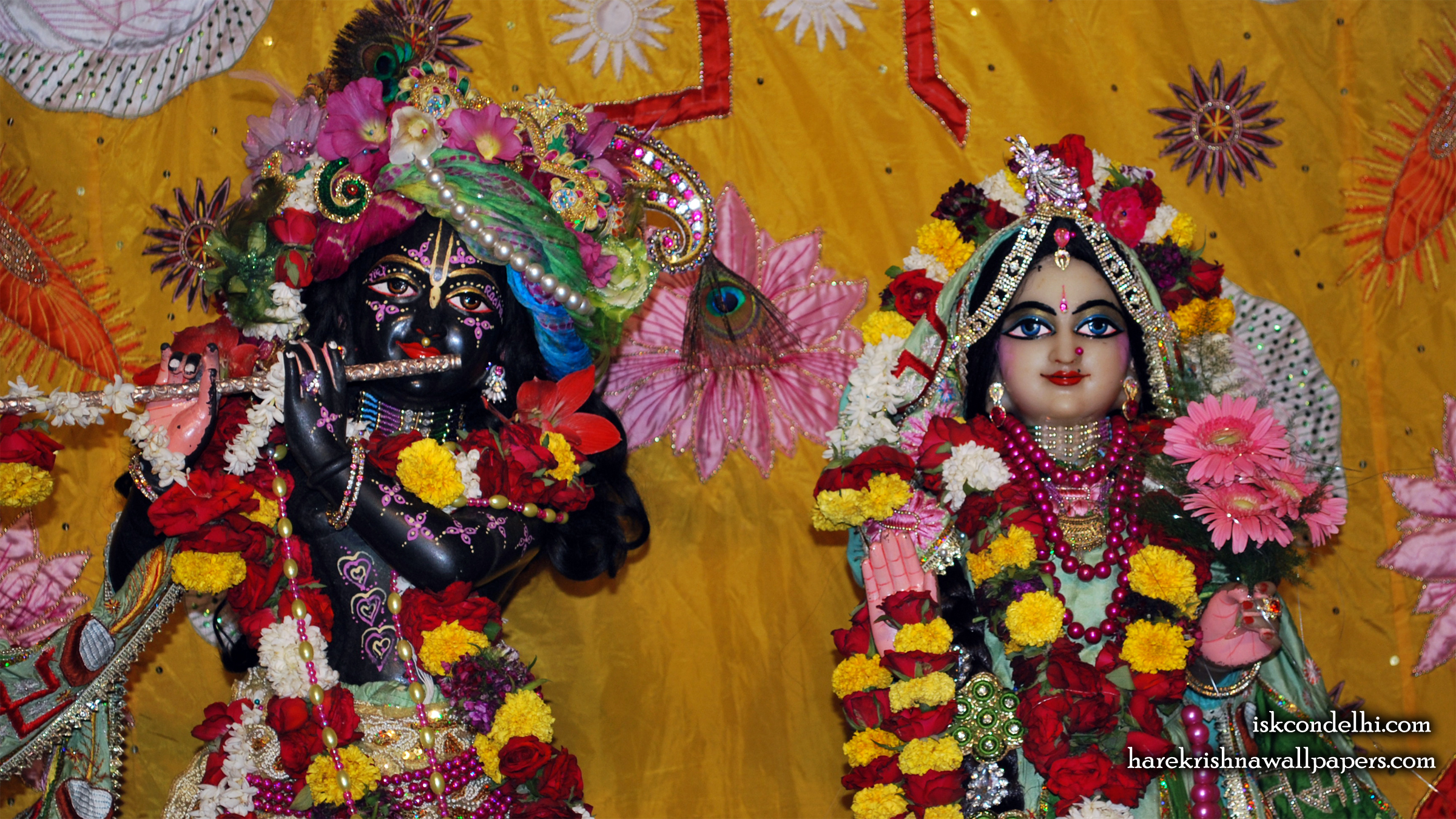 Sri Sri Radha Parthasarathi Close up Wallpaper (005) Size 2400x1350 Download