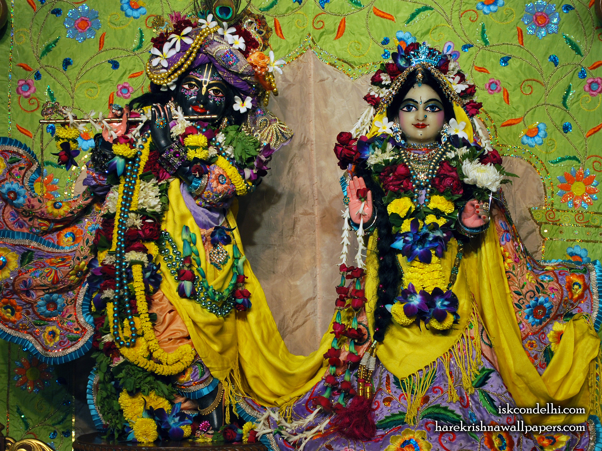 Sri Sri Radha Parthasarathi Wallpaper (008) Size 1920x1440 Download