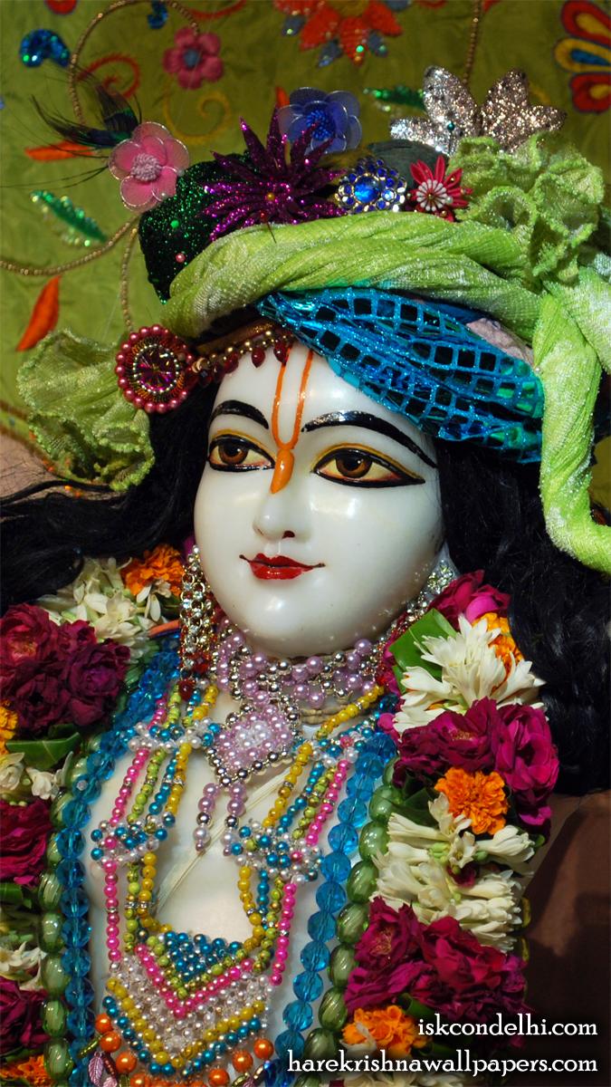 Sri Gaura Close up Wallpaper (009) Size 675x1200 Download