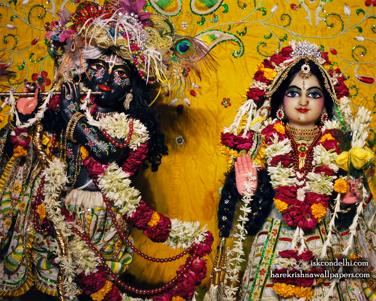Sri Sri Radha Parthasarathi Close up Wallpaper (010) Size 1280x1024 Download