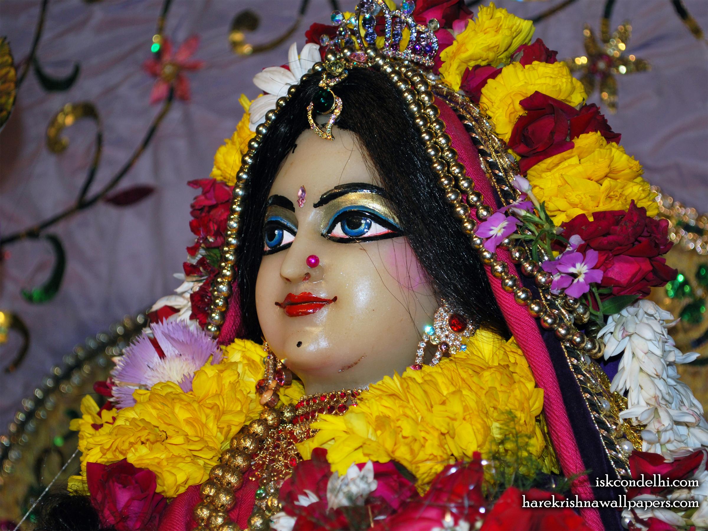 Sri Radha Close up Wallpaper (011) Size 2400x1800 Download