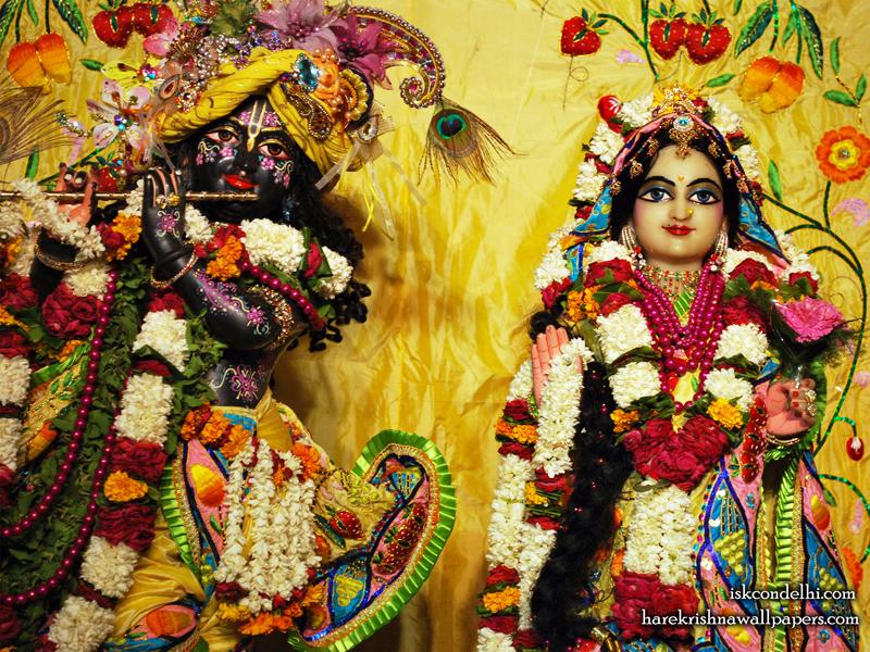 Sri Sri Radha Parthasarathi Close up Wallpaper (011) Size 800x600 Download