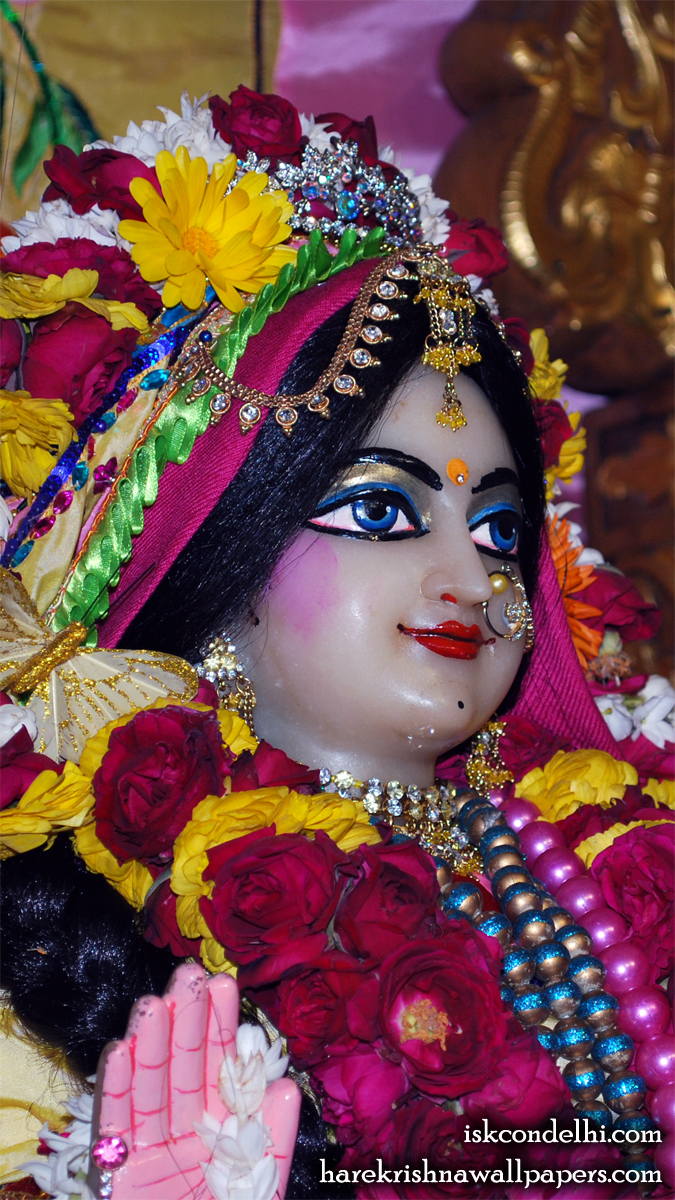 Sri Radha Close up Wallpaper (013) Size 675x1200 Download