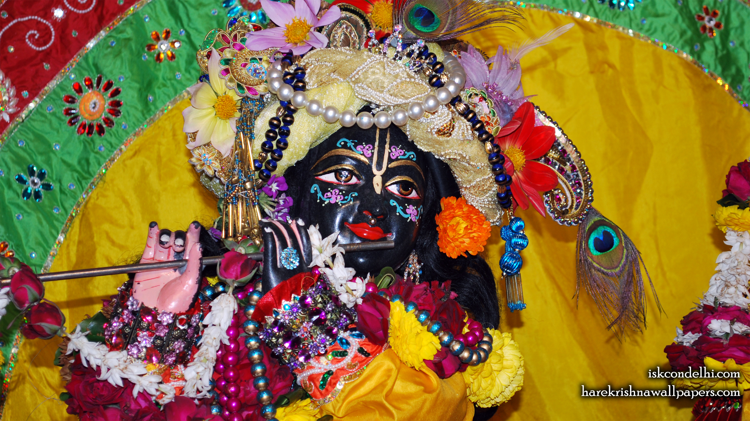 Sri Parthasarathi Close up Wallpaper (017) Size 2400x1350 Download