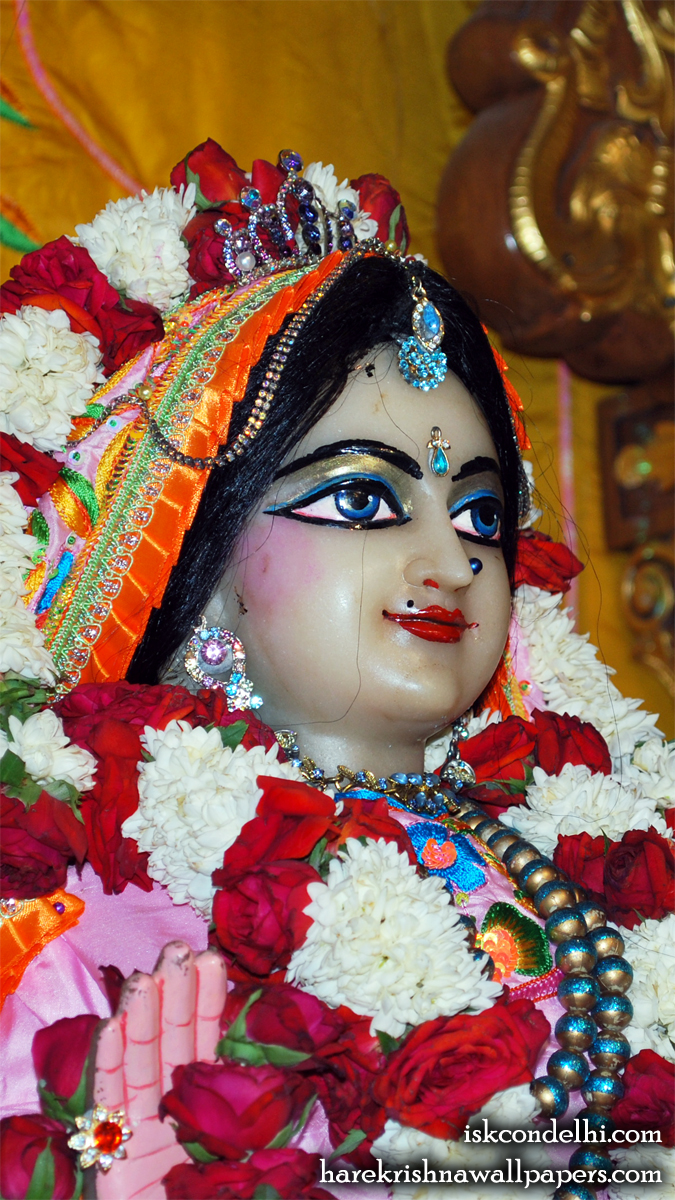 Sri Radha Close up Wallpaper (017) Size 675x1200 Download